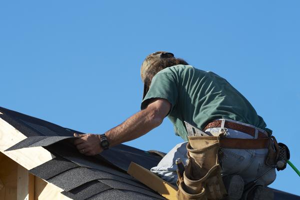 couvreur de toiture de maison comment trouver un entrepreneur couvreur de confiance qu bec. Black Bedroom Furniture Sets. Home Design Ideas