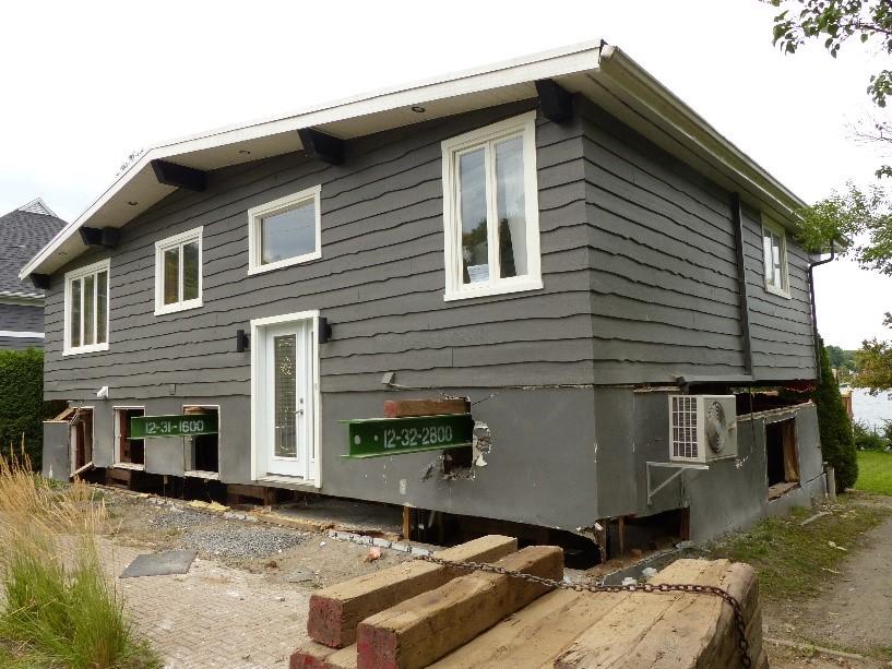 levage ou soul vement d une maison pour ajouter un tage et agrandir le sous sol. Black Bedroom Furniture Sets. Home Design Ideas